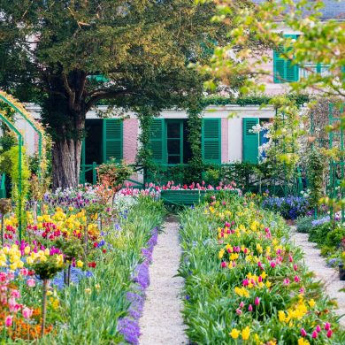Behind the scenes in Monet's famous gardens