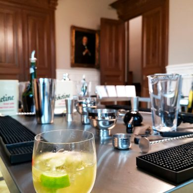 Cocktail-making at the Bénédictine Palace