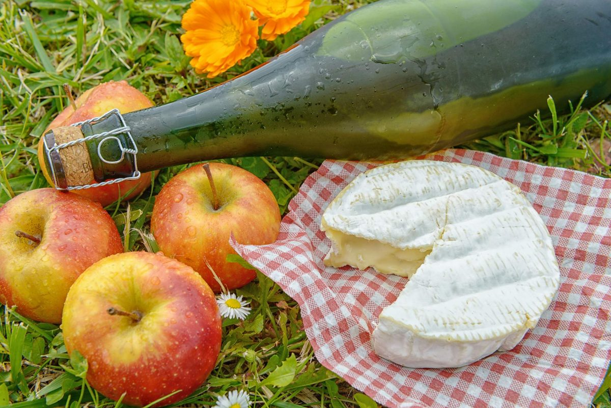 Norman Camembert with apples and cider