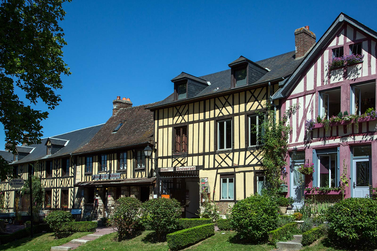 Weather forecast in Le Bec Hellouin Normandy Tourism, France