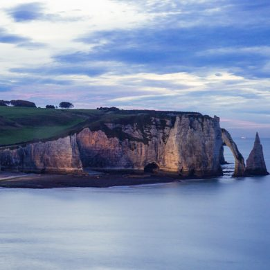 Falling in love with Étretat