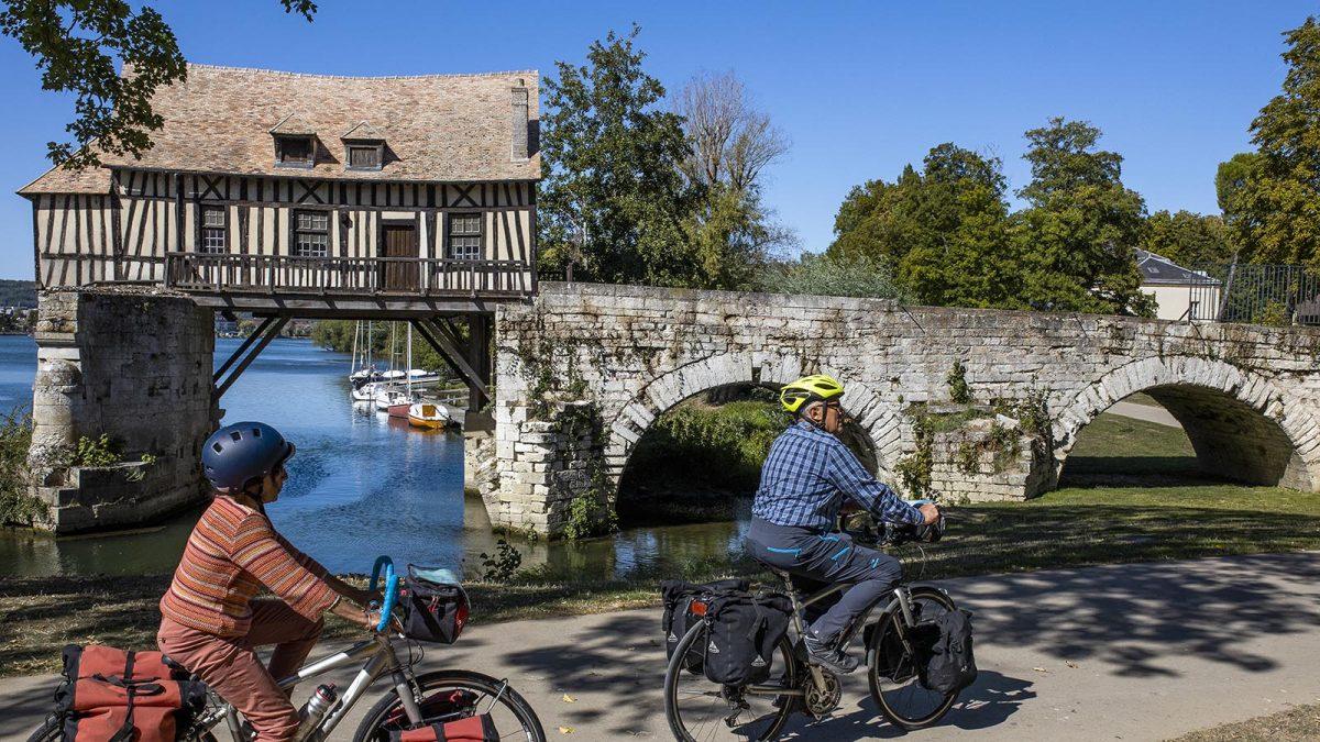 Le vieux moulin de Vernon - La Seine à vélo itinerary