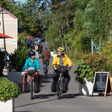 Explore Giverny by bike