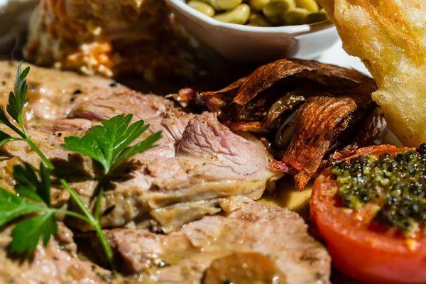 Agneau de pré-salé, restaurant du manoir de la Roche Torin à Courtils