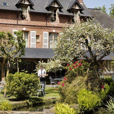 Auberge de la Source 4-star hotel – Saint-Siméon Collection