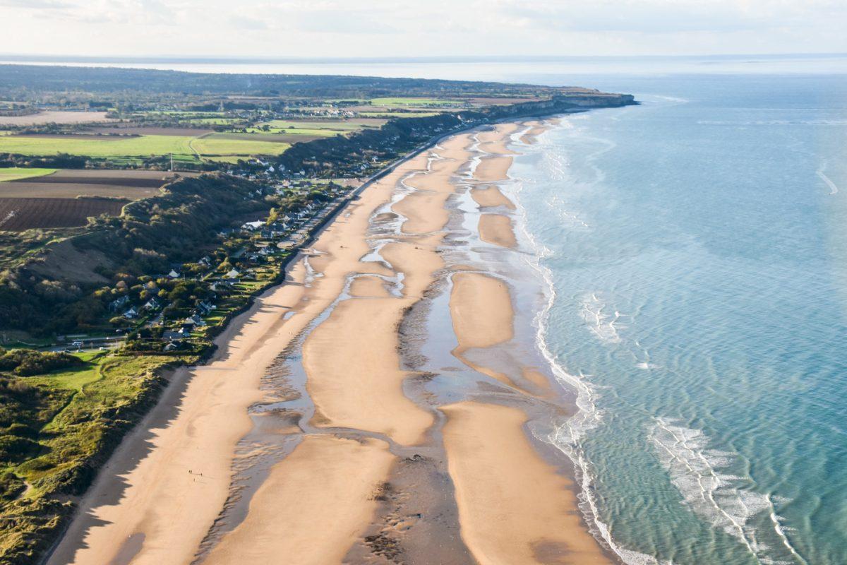 Plage d'Omaha Beach in SAINT-LAURENT-SUR-MER : Normandy Tourism, France
